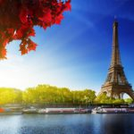 Cruise around the Seine only with an E-Tech electric drive?